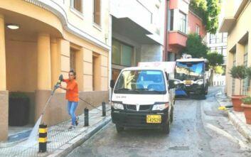Κυριακάτικες δράσεις καθαριότητας στην Πλάκα από τον Δήμο Αθηναίων