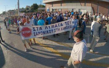 Εκατοντάδες κάτοικοι του Πόρτο Ράφτη εξέφρασαν την αγανάκτησή τους στην προοπτική να χύνονται τα λύματα στην περιοχή τους