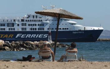 Μηχανική βλάβη στο πλοίο Superferry - Έχει 191 επιβάτες και ταξίδευε από Τήνο προς Άνδρο