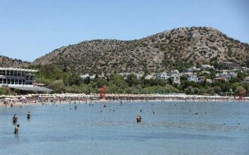 Μέχρι τέλος Ιουλίου τα μέτρα στις παραλίες - Τι θα γίνει με τα πανηγύρια