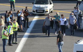 Αρνητικά τα πρώτα 250 τεστ που έγιναν στους τουρίστες στα αεροδρόμια