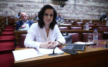 Εξώδικο σε δημοσιογράφο που δημοσίευσε παραποιημένη φωτογραφία της έστειλε η Ραλλία Χρηστίδου