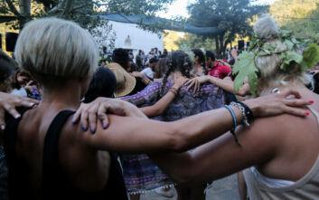 Προς απαγόρευση πανηγυριών μέχρι τέλος Ιουλίου - Εξετάζεται το άνοιγμα σε ΗΠΑ από τέλος Ιουλίου