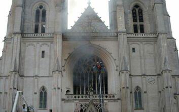 Γαλλία: Φωτιά στον καθεδρικό ναό της Νάντης