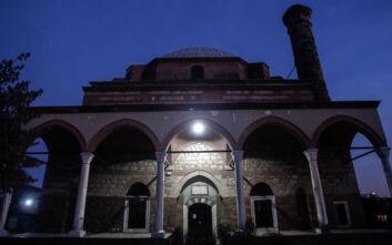 Βανδαλισμοί στο Κουρσούμ Τζαμί των Τρικάλων ως απάντηση στον Ερντογάν για την Αγία Σοφία