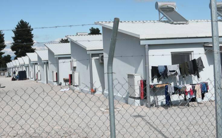 Μειώθηκαν κατά 29,6% οι διαμένοντες στα hot spots των ελληνικών νησιών