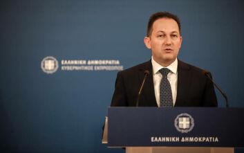 Στέλιος Πέτσας: Νέες αθλιότητες του κ. Τσίπρα - Δυσφημεί την Ελλάδα στο εξωτερικό