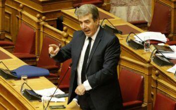 Ένταση στη Βουλή για τα επεισόδια - Χρυσοχοΐδης: Δολοφονική επίθεση κατά αστυνομικών