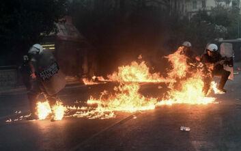 Επεισόδια στο Σύνταγμα: Η έκθεση της αστυνομίας για τα 50 λεπτά των συγκρούσεων
