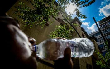 Καιρός: Θερμές αέριες μάζες θα φέρουν 38άρια – Πότε αναμένεται το νέο κύμα υψηλών θερμοκρασιών