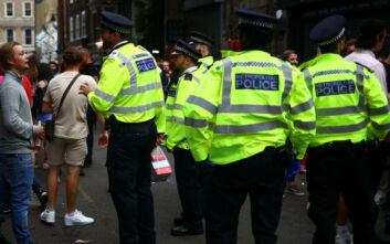 Δύο τραυματίες έπειτα από επίθεση με μαχαίρι στο Λονδίνο