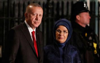 Πανηγυρίζει για την Αγία Σοφία η γυναίκα του Ερντογάν, Εμινέ