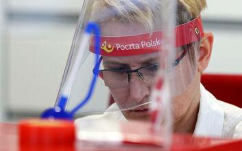 Αριθμός - ρεκόρ κρουσμάτων κορονοϊού για δεύτερη μέρα στην Πολωνία