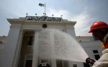 «Θύμα» του κορονοϊού έπεσε ο υπουργός Υγείας του Πακιστάν