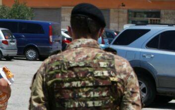 Ιταλία: Στέλνονται στρατιώτες για να φυλάνε τα κέντρα προσωρινής παραμονής μεταναστών