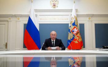 Μέχρι το 2036 στην εξουσία ο Πούτιν: Πέρασε η συνταγματική αναθεώρηση