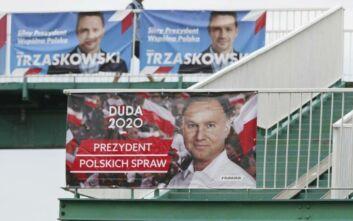 Κρίσιμος ο δεύτερος γύρος των προεδρικών εκλογών στην Πολωνία