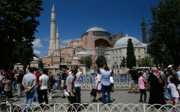 Γεννηματά: Να αλλάξει η προσβλητική απόφαση Ερντογάν για την Αγιά Σοφιά