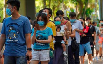 Χονγκ Κονγκ: Υποχρεωτική η χρήση μάσκας σε όλους τους κλειστούς δημόσιους χώρους