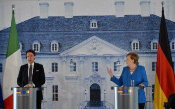 Μέρκελ: Η Ευρώπη έχει καθήκον να αντιμετωπίσει την κρίση με αλληλεγγύη