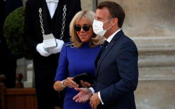 Η μάσκα στους κλειστούς δημόσιους χώρους θα καταστεί υποχρεωτική προανήγγειλε ο Μακρόν
