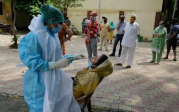 Θερίζει ο κορονοϊός στην Ινδία, 718 νεκροί σε 24 ώρες