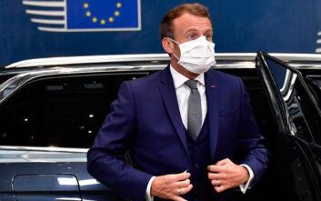Ο Μακρόν κάλεσε τον Πούτιν να διερευνήσει την υπόθεση δηλητηρίασης του Ναβάλνι