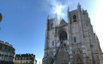 Γαλλία: Έρευνα για εμπρησμό του καθεδρικού ναού της Νάντης