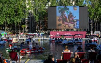 «Σινεμά στο νερό» στο Παρίσι στην εποχή του κορονοϊού