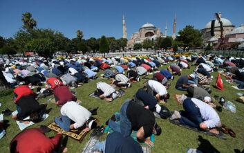 Σακελλαροπούλου σε Ε.Ε.: Να καταδικάσετε τη μετατροπή της Αγίας Σοφίας σε τζαμί