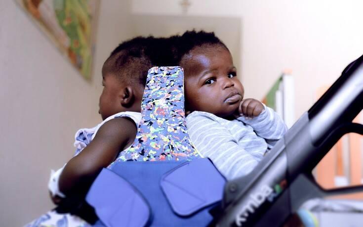 Le gemelle siamesi al Bambino Ges%C3%B9