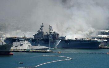 Έκρηξη σε πολεμικό πλοίο των ΗΠΑ: «Η φωτιά θα συνεχιστεί για μέρες» - Τουλάχιστον 21 τραυματίες
