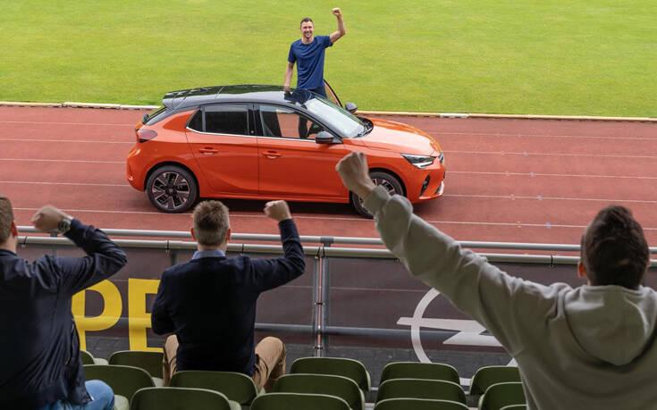 Ο παγκόσμιος Δεκαθλητής οδηγεί Opel