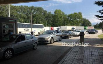Αυστηροποιούνται τα μέτρα στον Προμαχώνα - Ελάχιστα αυτοκίνητα περιμένουν στα σύνορα