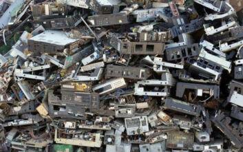 Ο μέσος Ελληνας παράγει ετησίως σχεδόν 17 κιλά ηλεκτρονικά απόβλητα