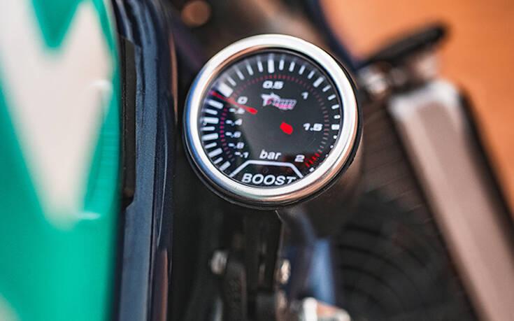Η Balamutti έπαιξε με μια Ducati S4R αποδίδοντας ένα θηρίο σε δύο τροχούς – Newsbeast