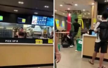 Πελάτης έκανε τόπι στο ξύλο εργαζόμενο επειδή του ζήτησε να φορέσει μάσκα
