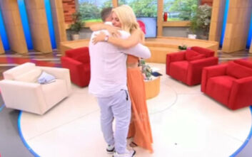 Γρηγόρης Γκουντάρας: Ξέσπασε σε κλάματα στην αγκαλιά της Ελένης Μενεγάκη