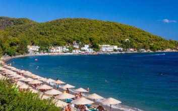 Οι οκτώ παραλίες του Πόρου που είναι κατάλληλες για κολύμβηση
