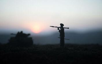 Μια έφηβη σκότωσε δύο Ταλιμπάν και τραυμάτισε πολλούς άλλους για να εκδικηθεί τον φόνο των γονιών της