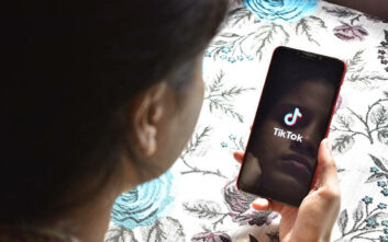 «Μπλόκο» στο TikTok βάζει το Χονγκ Κονγκ - Οι ΗΠΑ εξετάζουν την απαγόρευσή του