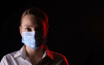 «Το να μη φορά κάποιος μάσκα ισοδυναμεί με οδήγηση σε κατάσταση μέθης»