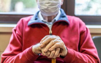 Ξεκινούν έλεγχοι στα γηροκομεία της Αττικής υπό το φόβο του κορονοϊού