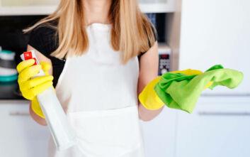 Ποια αντικείμενα δεν πρέπει ποτέ να απολυμαίνετε με δυνατά απορρυπαντικά