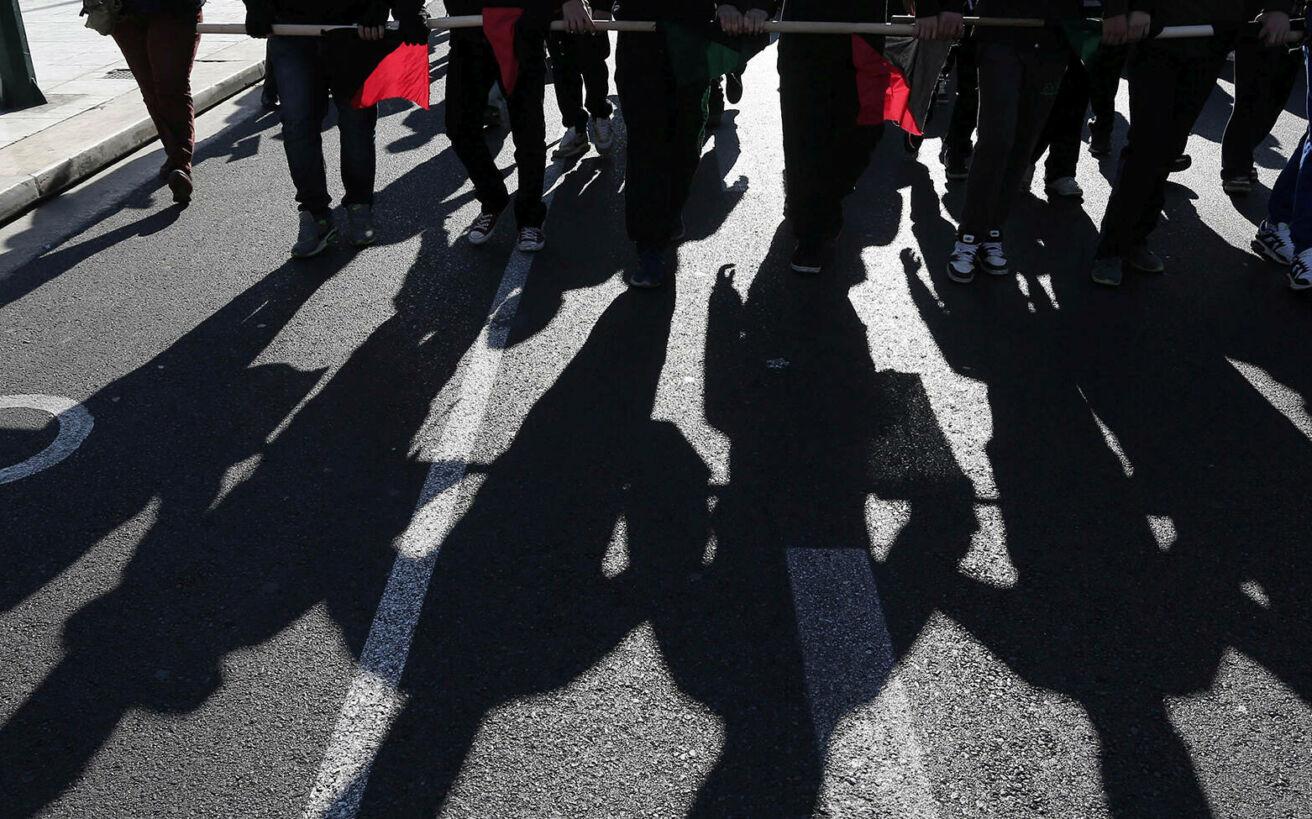 Τι έγινε την τελευταία φορά που μια κυβέρνηση προσπάθησε να περιορίσει τον τρόπο που γίνονται οι διαδηλώσεις
