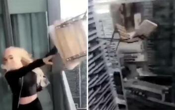Βίντεο με γυναίκα που πέταξε καρέκλα από μπαλκόνι 45ου ορόφου για να συγκεντρώσει likes στο Instagram