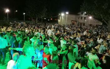 Σάλος με το γλέντι... συνωστισμού στην Αλίαρτο με βουλευτή να ξεκινάει το χορό