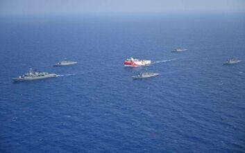 Απάντησαν οι Τούρκοι στα ελληνικά πλοία: «Φύγετε εσείς από την τουρκική ΑΟΖ»