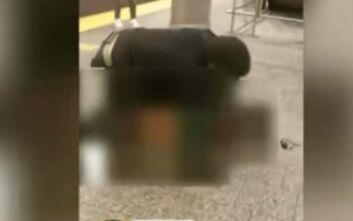 Βίντεο σοκ από το μετρό του Μανχάταν: Προσπάθησε να βιάσει 25χρονη στην αποβάθρα