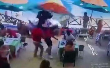 Σοκαριστικό δυστύχημα στο Μεξικό: Ανεξέλεγκτο τζετ σκι μπήκε σε εστιατόριο σκοτώνοντας μία πωλήτρια αναμνηστικών